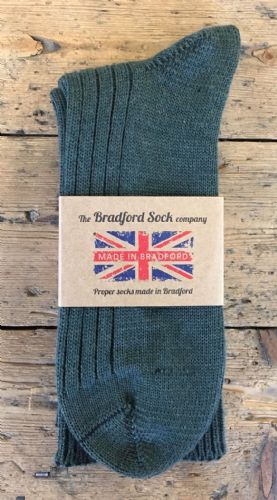 Men's Wool Socks - Green Natural - Loose Top - Machine Washable.